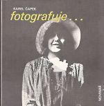 Karel Capek fotografuje