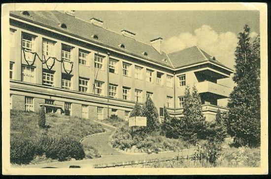 Beroun nemocnice   antikvariat - detail pohlednice