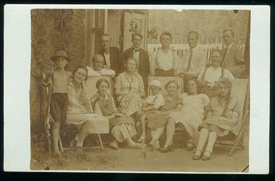 Na letnim byte   antikvariat - detail pohlednice